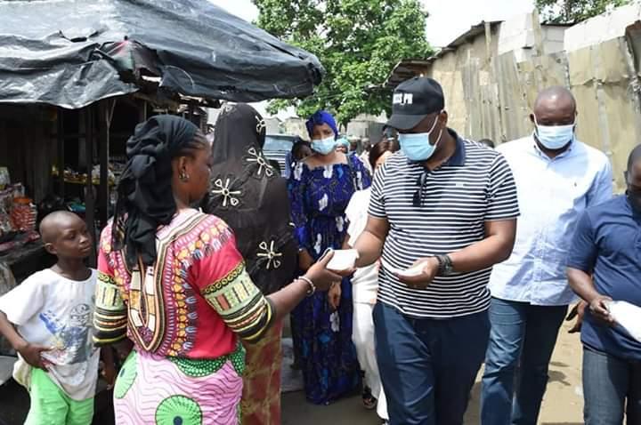 Mr LACINE OUATTARA DIT LASS PR FAIT PLUSIEURS DONS AUX POPULATIONS D'ABOBO